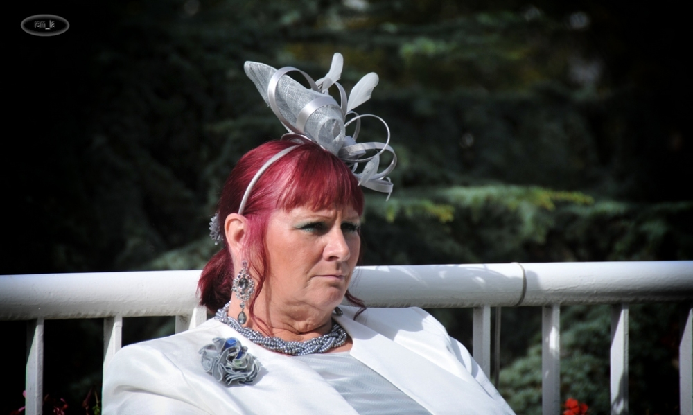 chapeau,longchamp,quatar,elegance