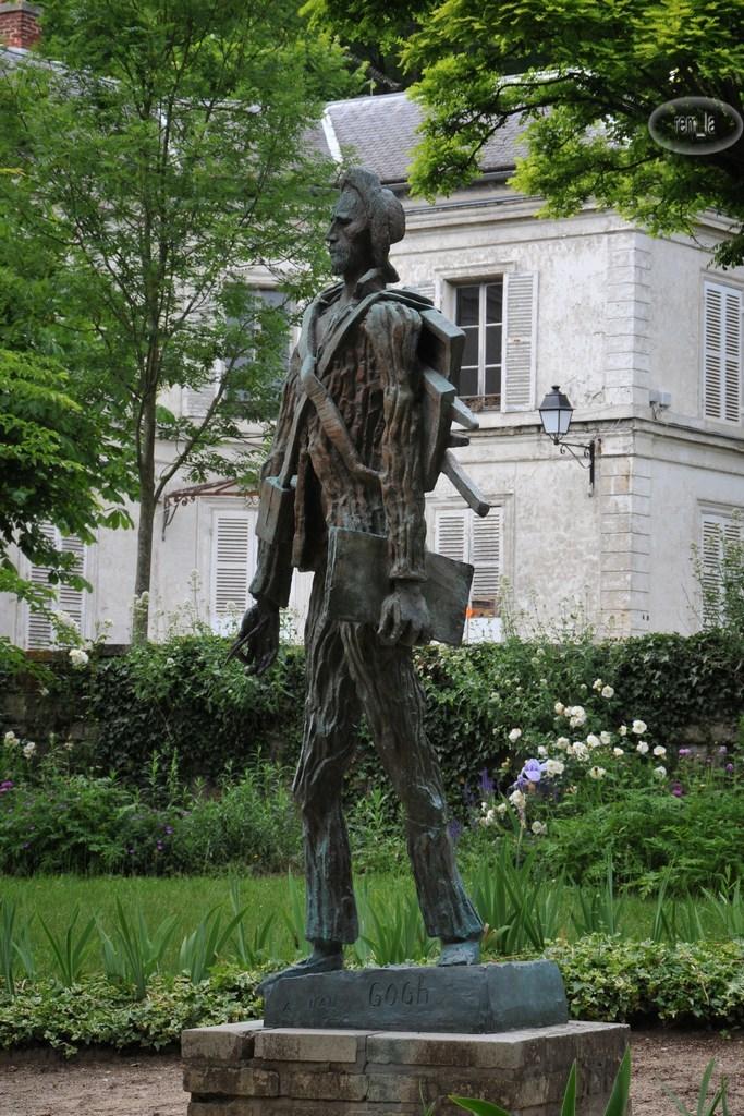 Auvers,statue,Van Gogh