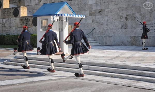 Relève de la garde place Syndagma 9