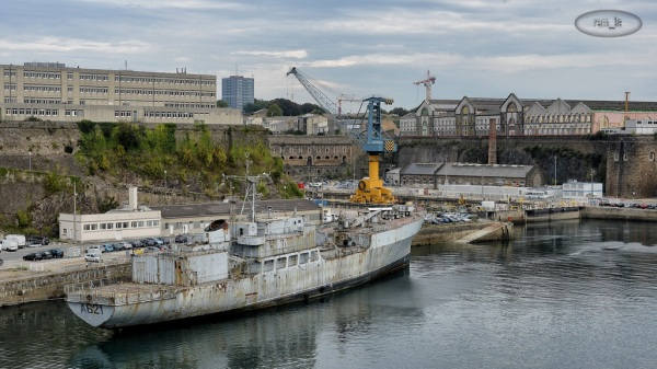 Le port militaire de  Brest 15