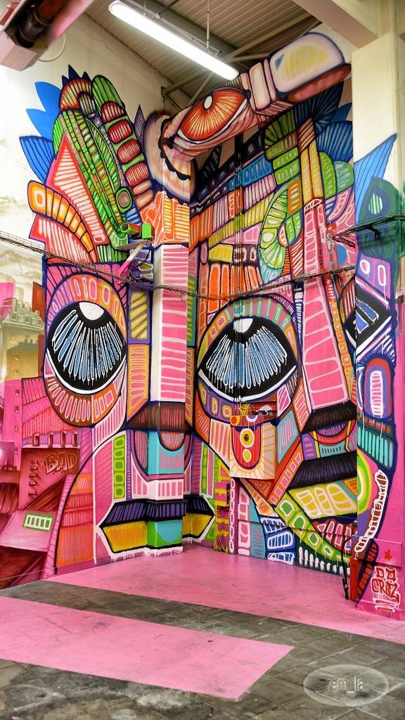 Face au Mur dans le 12eme à Paris