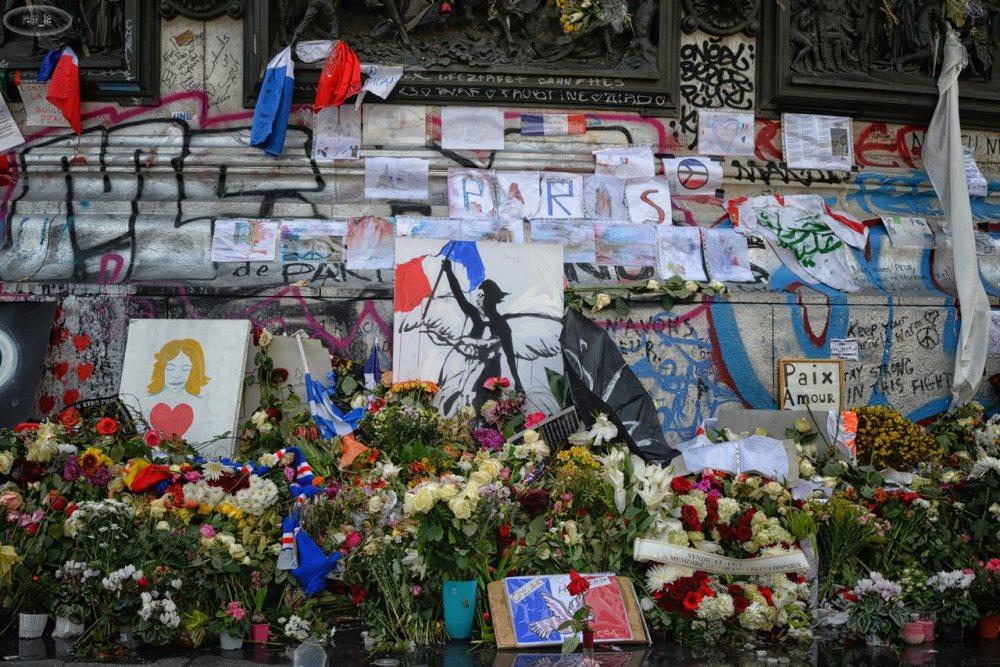 république,paris,place,memorial