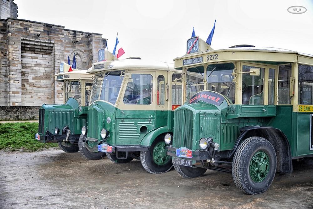 paris,voiture,ancienne,vincennes,traversée