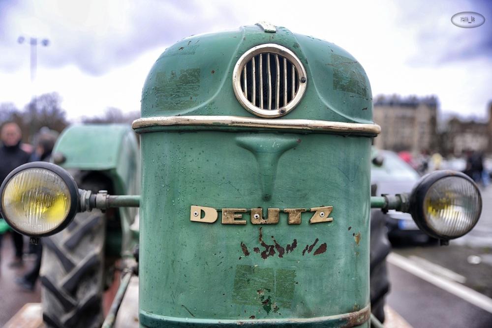 paris,tracteur,ancienne,vincennes,traversée
