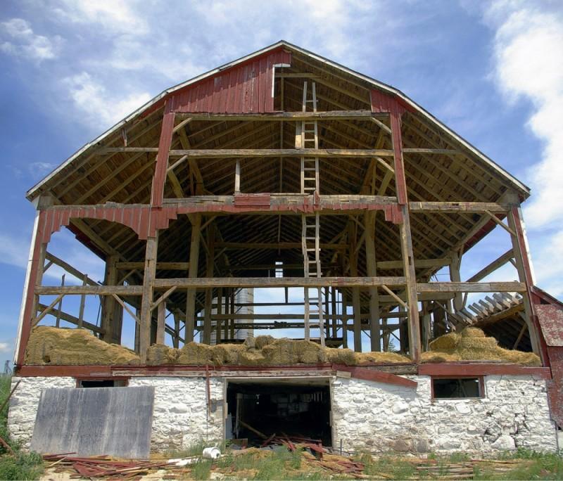 Empty Barn-2