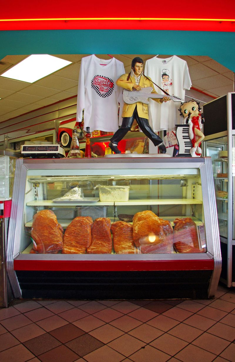 Elvis, Betty Boop, and smoked meat