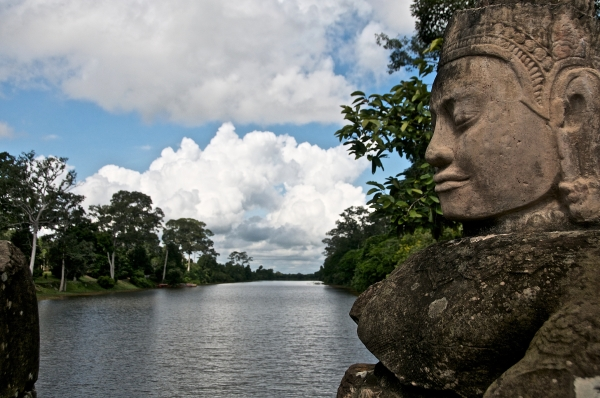 Statue at Angkor Thom