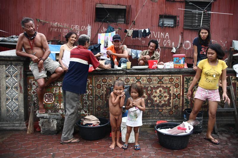 street dwellers. manila