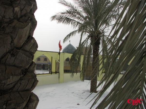مسجد دانشگاه در برف