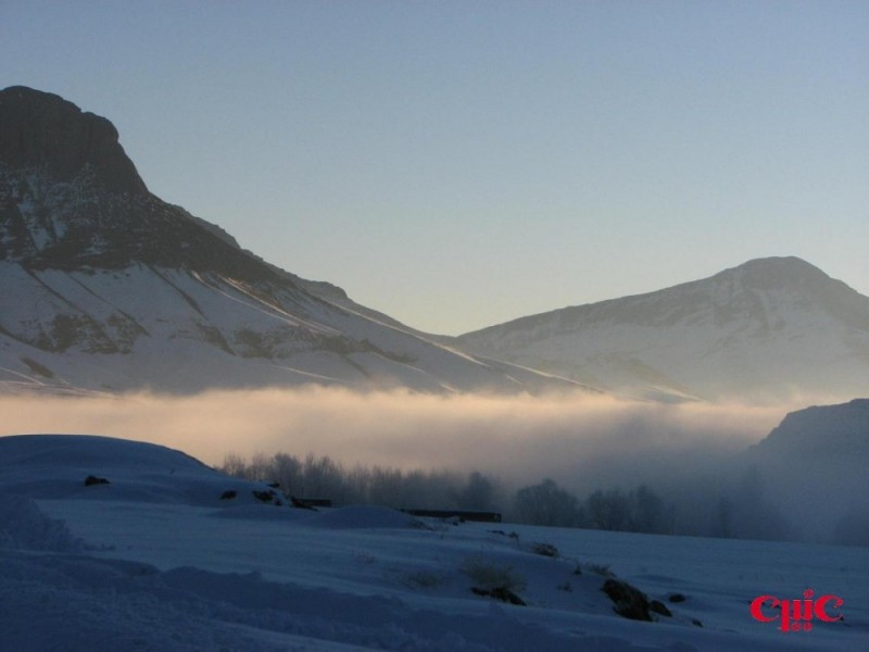 دره ای پر از مه