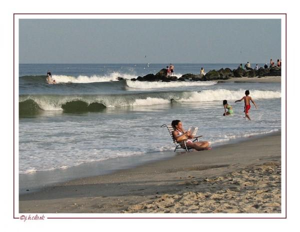 beach read sand sun waves