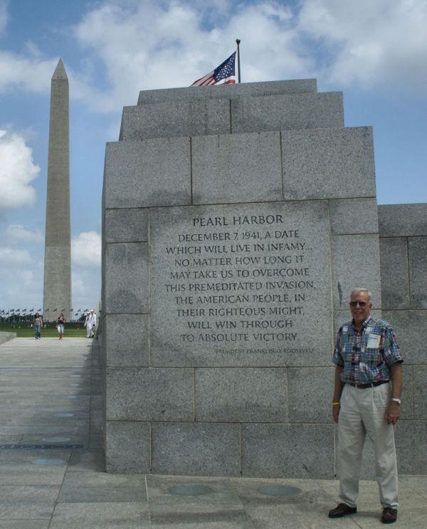 mike Washington-dc WWII-monument