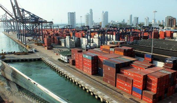 Hamburg containers galore...