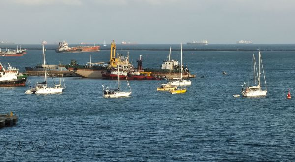 Boats, ships & tankers...
