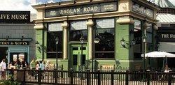 Raglan Road Irish Pub...