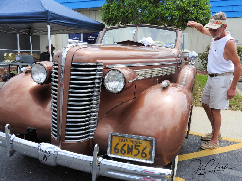 Eyeing this 1938 Buick...