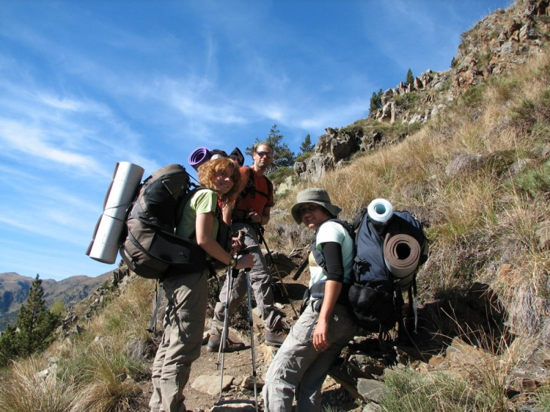 3 mountaineers in the Pyrenees - Catalonia