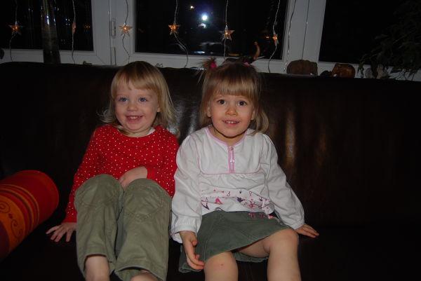 Mit Viki auf dem Sofa springen