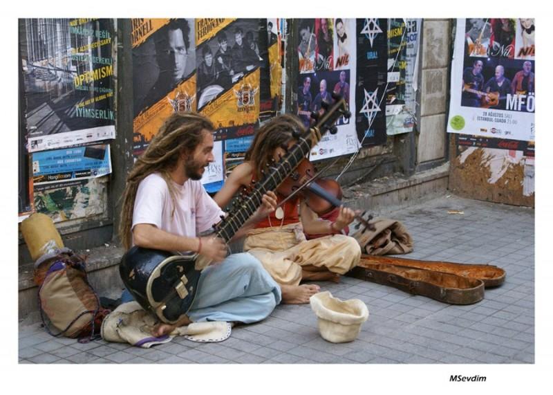 street,singer,istiklal cd.