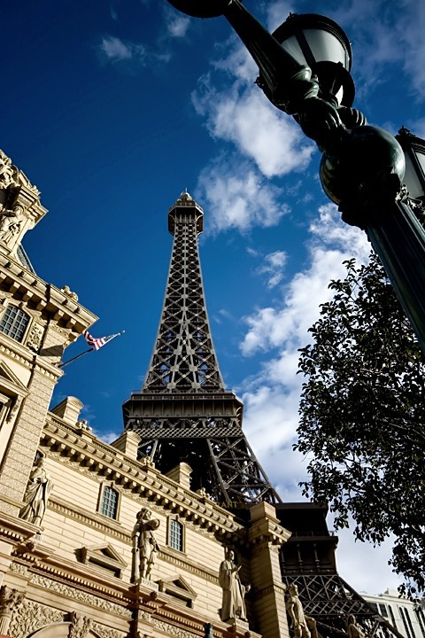 Paris... Wide Angle