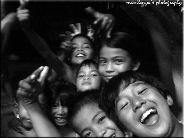 mga batang kalye (street children)
