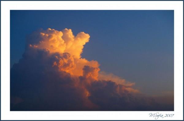 O por do sol nas nuvens! - Sunset in the clouds!