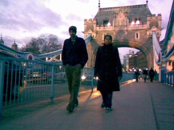 Jason Shahinfar and Allison Jackson, Tower Bridge.