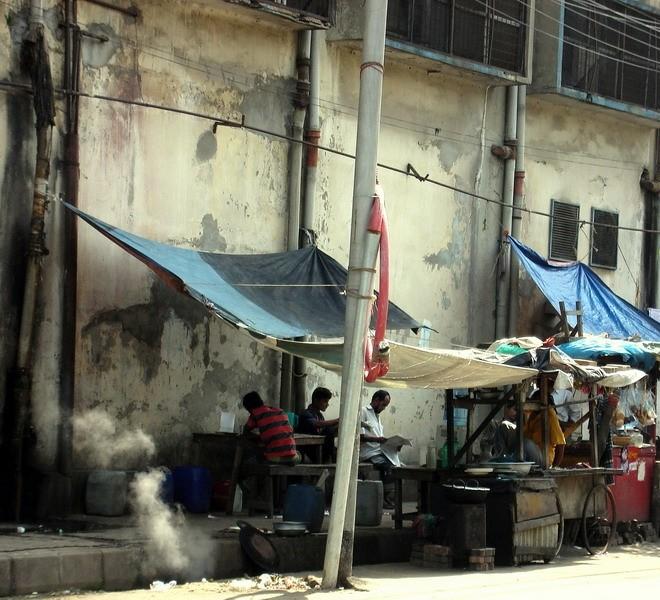 Makeshift Eatery at Tejgaon, Dhaka