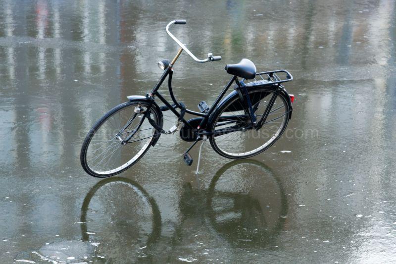 Bike on the ice