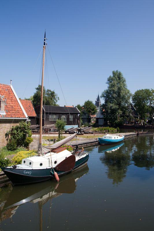 An Edam canal