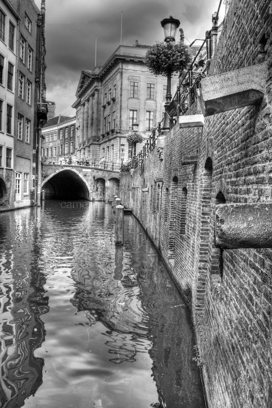 A canal in the center of Utrecht