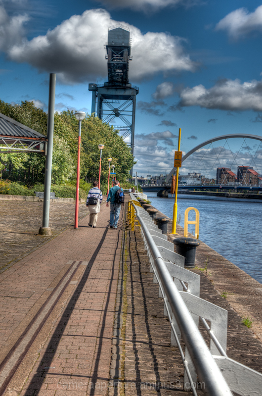 The river clyde in the city of Glasgow