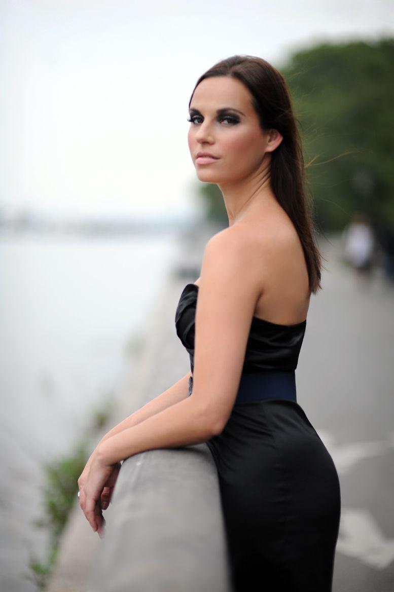 Tania4
