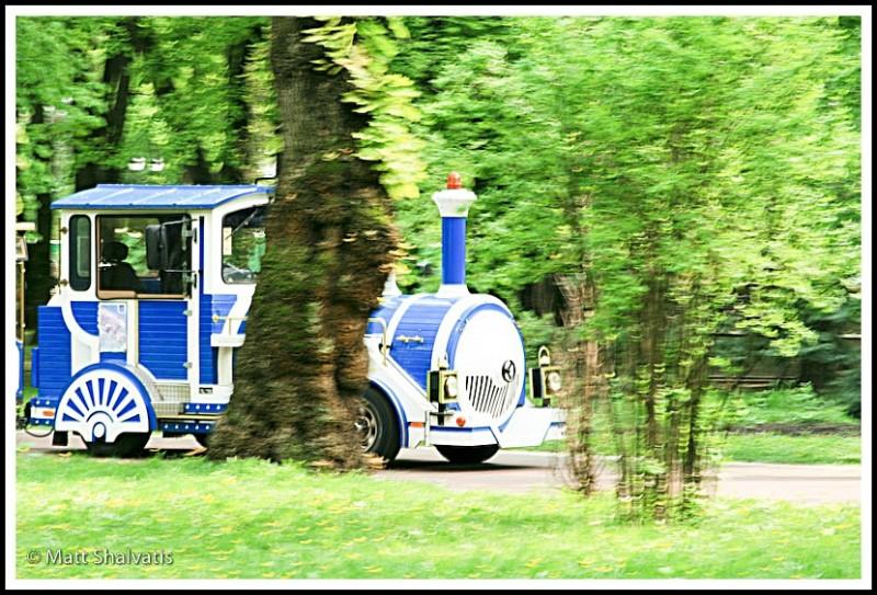 trolley in marinskiy park
