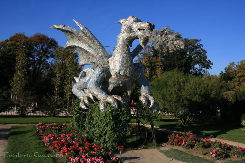 Dragon recyclé au Jardin des Plantes