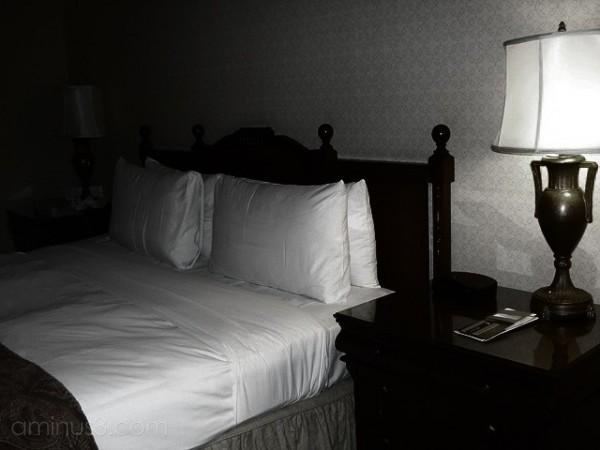 hote room lamp