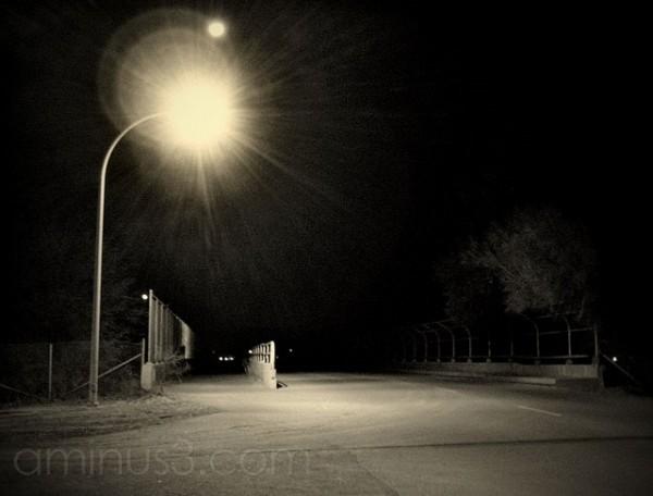 night streetlight lamp overpass