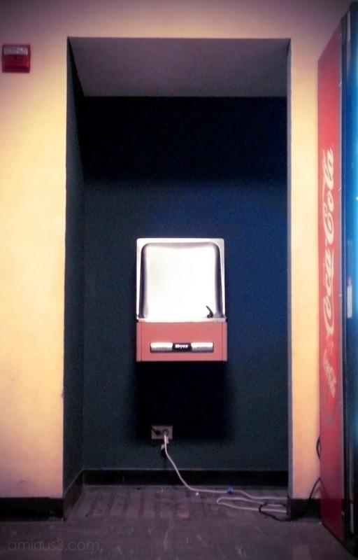 water fountain soda machine