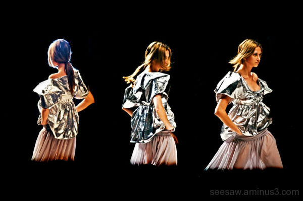 female model on the catwalk, moda lisboa 08