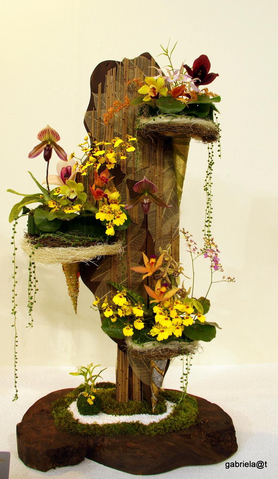 Suspended mini gardens, interior art