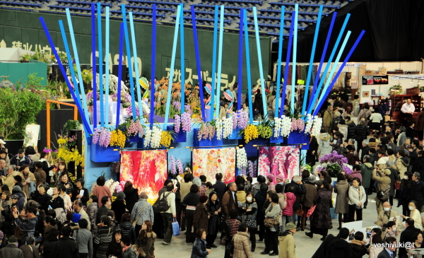 Master florist Kariyazaki's corner at the Show