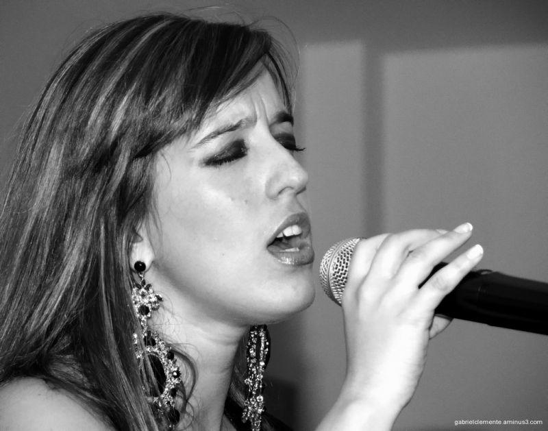 FADO-Singer
