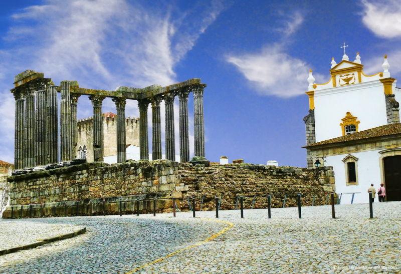 Diana Tempel - Evora Portugal