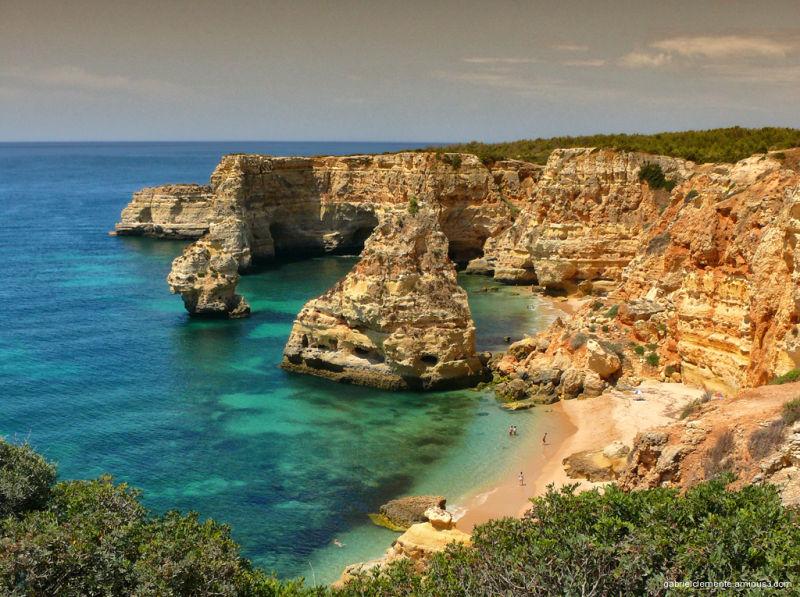 Praia da Marinha-Portugal