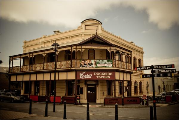 dockside tavern port adelaide australia