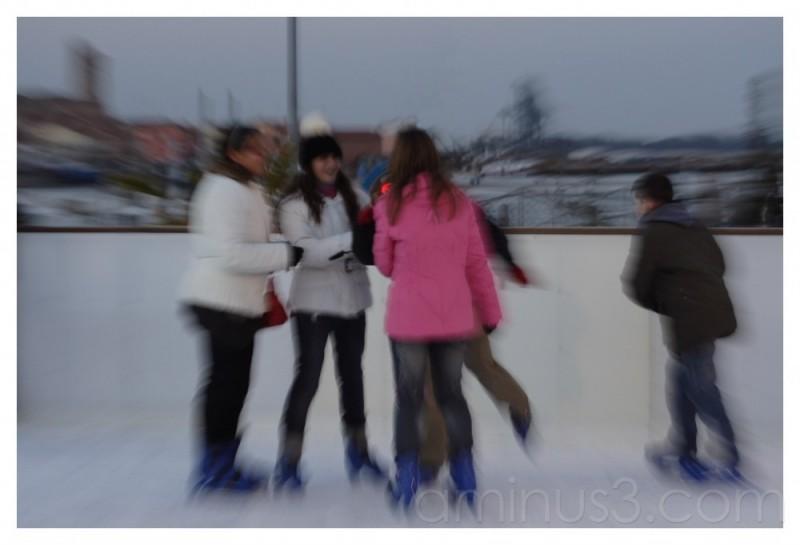 zoom on ice