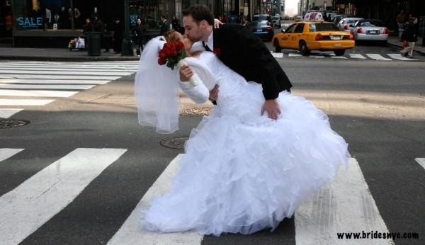 Kissing at NYC streets