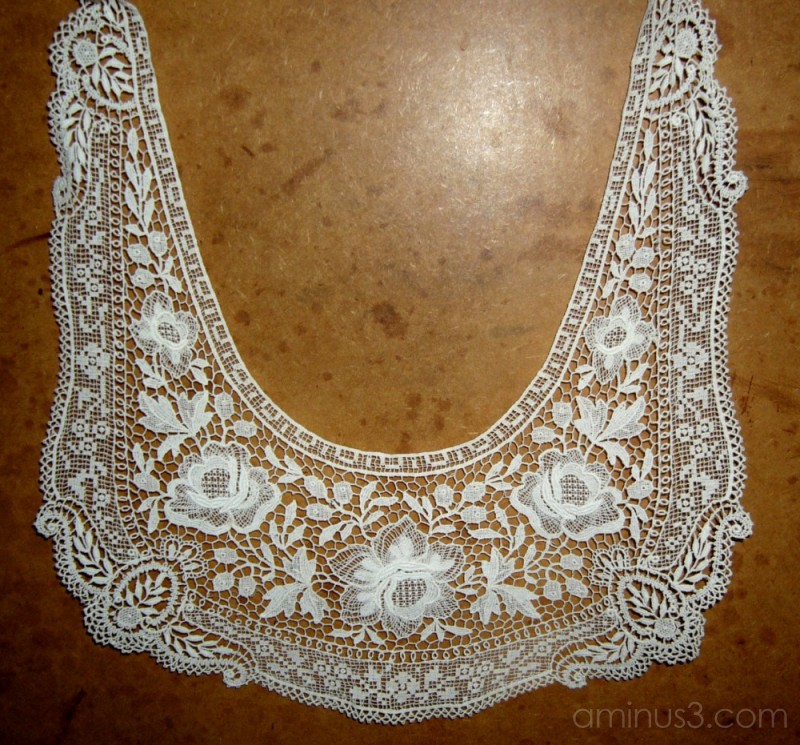 The old lace collar.