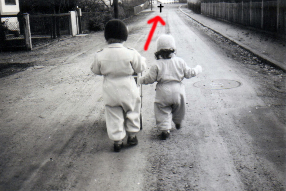 On their way, 1952.