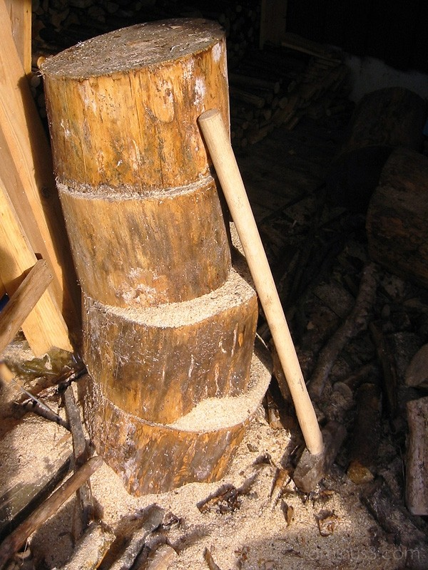Chopping wood / Vedhuggning